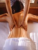 L'orthothérapie est une science basée sur le massage et la kinésithérapie qui agit sur les douleurs musculaires et articulaires. Il travaille sur le système musculo-squelettique en combinant des techniques du massage suédois, de mobilisations et des exercices physiques préventifs.